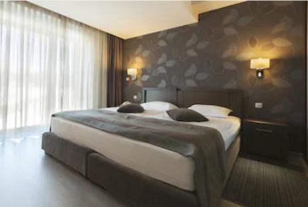 Современный дизайн спальни в Киеве